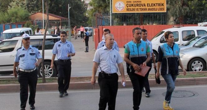 Okul çevresindeki tezgahlarda uyuşturucu arandı