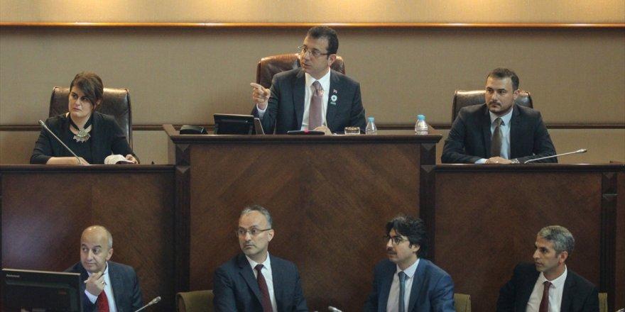 İBB Meclisi'nden İmamoğlu'na borçlanma yetkisi