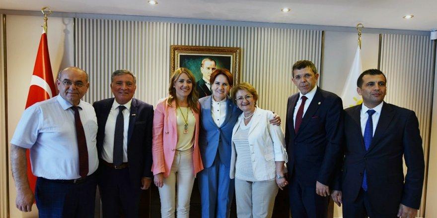 Denizli'deki belediyelerden Akşener'e ziyaret