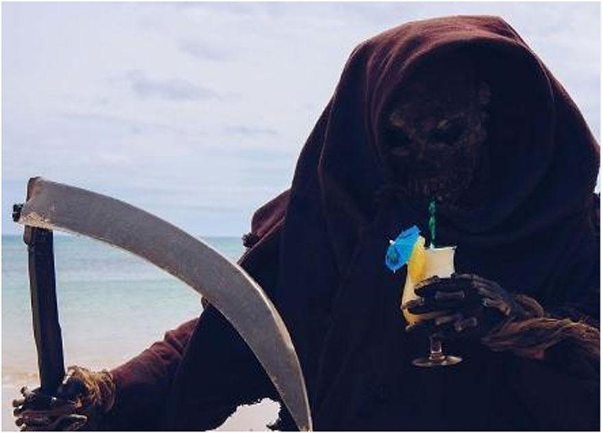 Instagram'ın en sıra dışı gezgin fenomeni: Ölüm Meleği