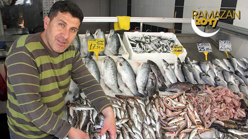 Balık fiyatlarını yüzde 50 düşürdü
