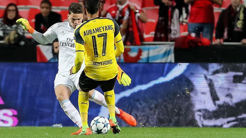 Manchester City, Moraes'i transfer etti