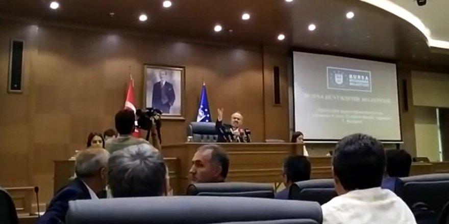İşte AKP'li Aktaş Meclis üyelerini kovduğu görüntüler!