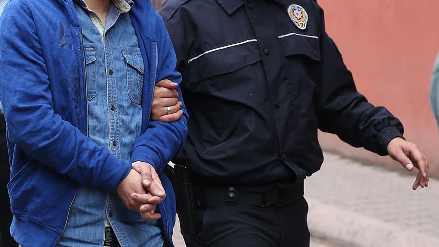 35 jandarma personeli gözaltına alındı