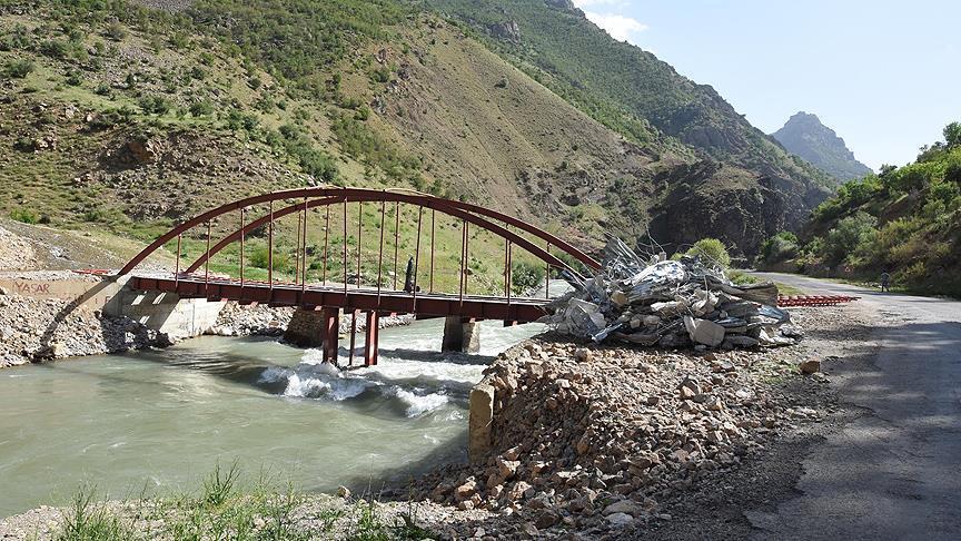 PKK'lı teröristler için köprü yapılmış