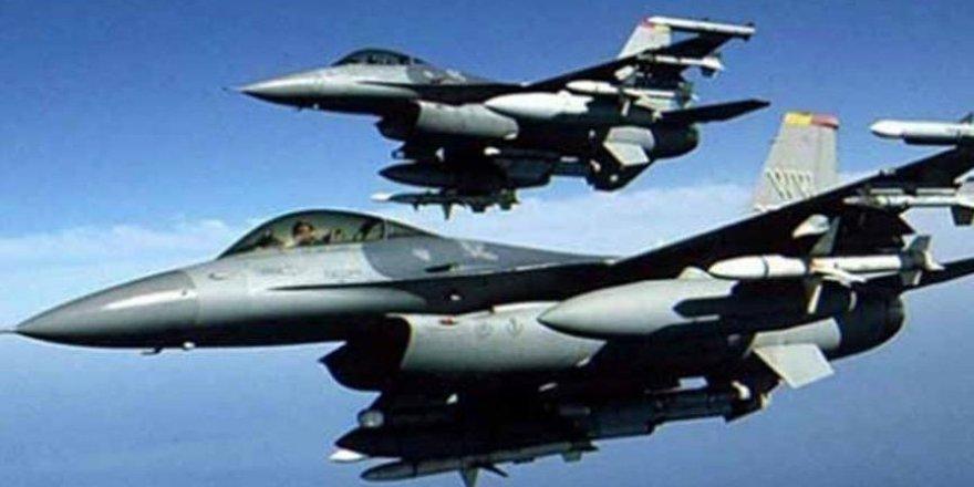 Afganistan'da ABD hava saldırısında 5 sivil öldü