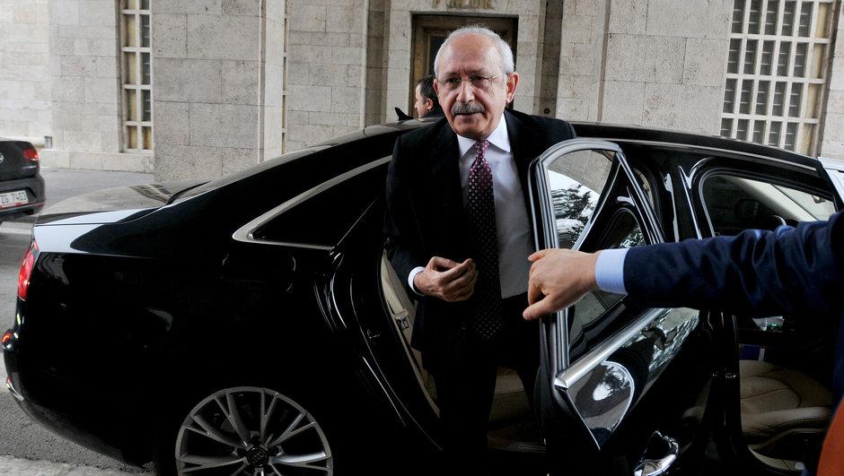 Kemal Kılıçdaroğlu'na zırhlı araç tahsis edildi