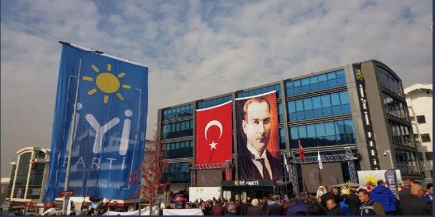 MHP ve HDP İYİ Parti'ye Bayramlaşmaya gitmedi!