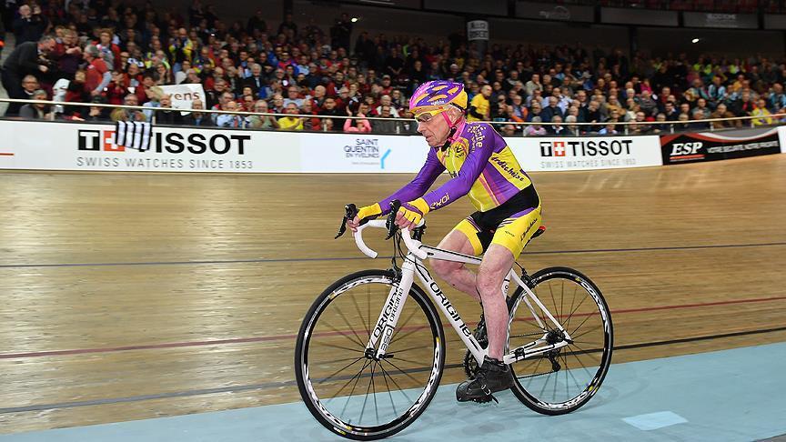 105 yaşındaki bisikletçi rekor kırdı!