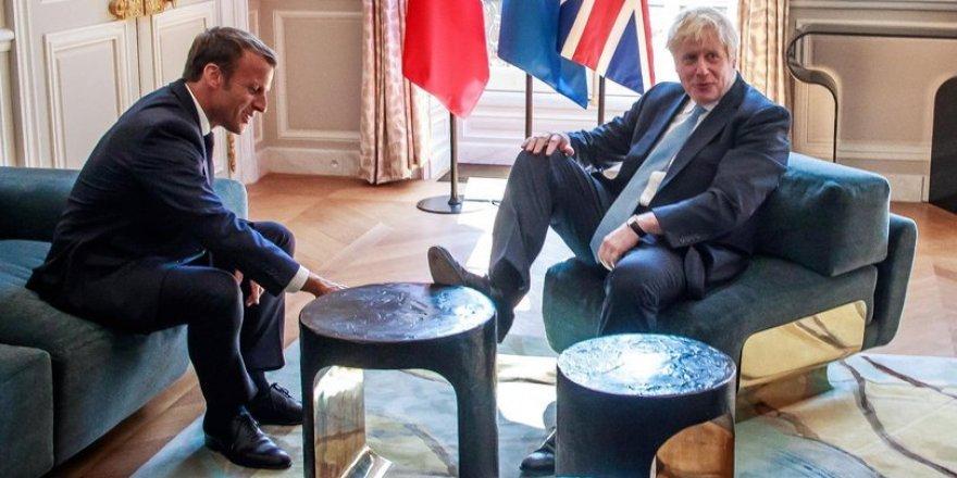 İngiltere yeni Başbakanı Boris'in rahatlığı dikkat çekti!