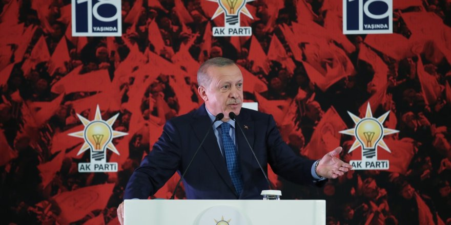 Erdoğan'dan Babacan ve Davutoğlu'na sert eleştiri
