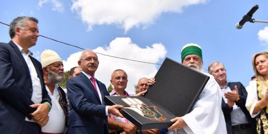 Kemal Kılıçdaroğlu'nun ziyaret ettiği Baba Mondi kimdir?