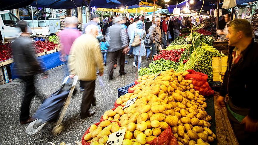 Meyve ve sebze 'güldürdü' buğday ve fındık 'üzdü'