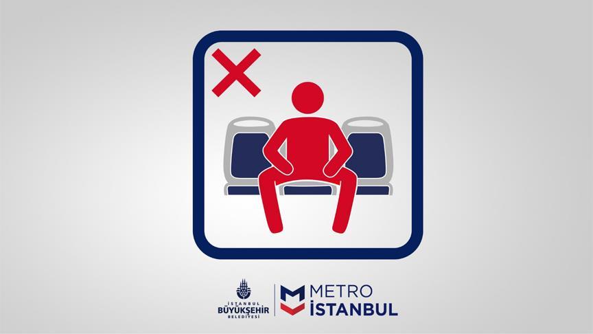 Metro İstanbul'dan 'yayılarak oturma' uyarısı