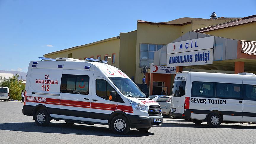 Hakkari'de PKK'lı teröristlerce tuzaklanan mayın infilak etti: 4 yaralı