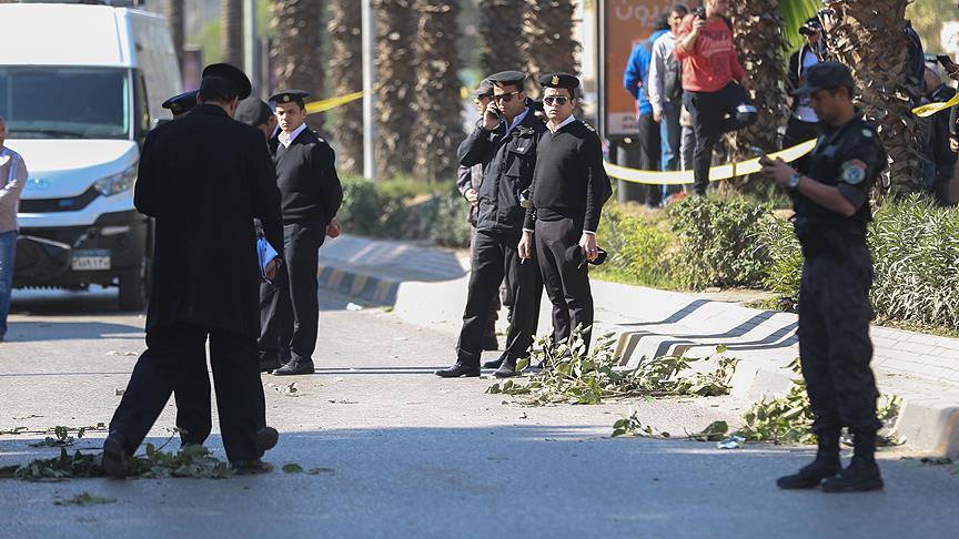 Mısır'da silahlı saldırı: 5 polis öldü