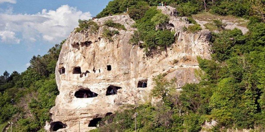 Çatalca'da doğal miras katlediliyor!