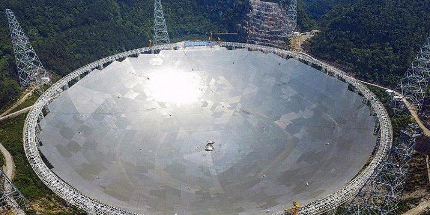 Devasa teleskop derin uzayı izliyor