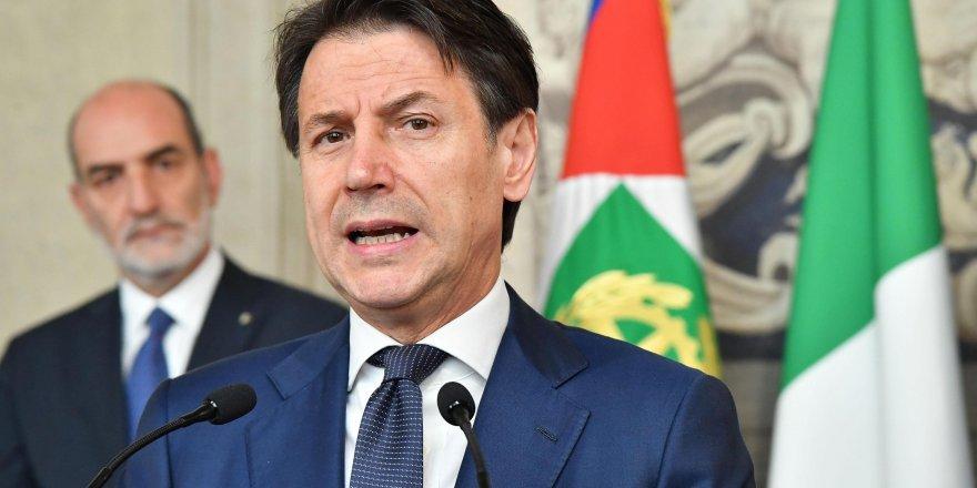 İtalya'da Conte hükümeti güvenoyu aldı