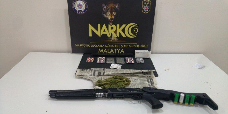 Malatya'da uyuşturucu satıcılarına darbe!