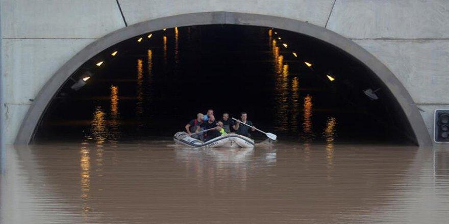 İspanya'da sel felaketi: 4 ölü
