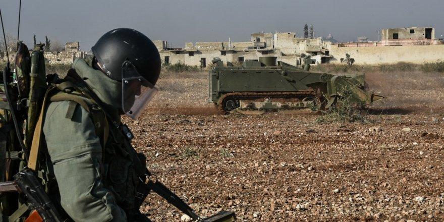 """""""ABD İdlib'deki teröristlerini tahliye ediyor"""""""