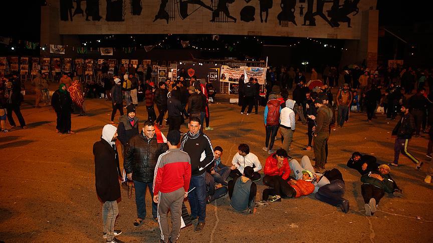 Bağdat'ta gece yarısı 'şiddet' protestosu