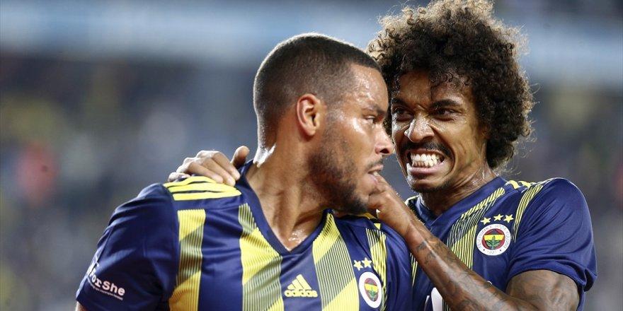 Fenerbahçe'den Kadıköy'de 2 gollü galibiyet
