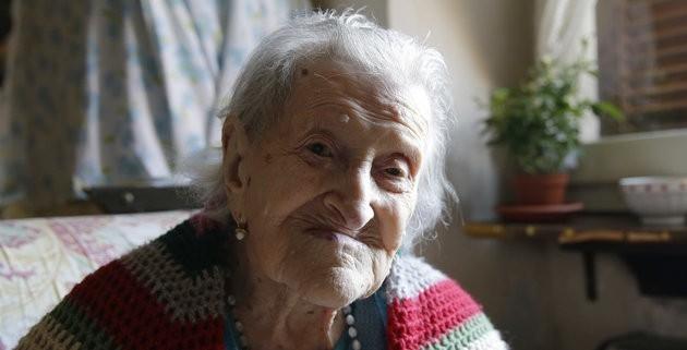 117 yaşında her gün onu yiyor