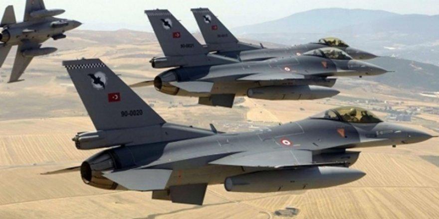 """İsmail Hakkı Pekin: """"Türkiye, kendi bölgesini kontrol eder"""""""