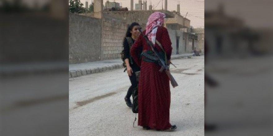 YPG/PKK'lı teröristler eteklerini giydi