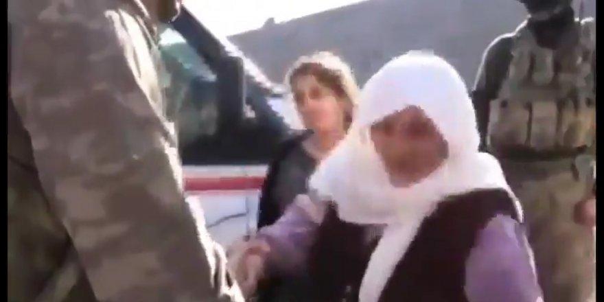 Kürt anne askerimize böyle seslendi: Onları ezin