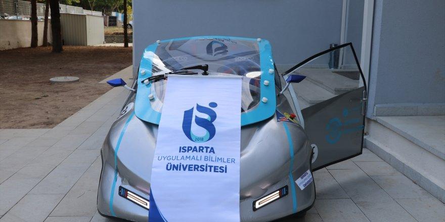 Isparta'da üretilen aracın kapısı dikkat çekti