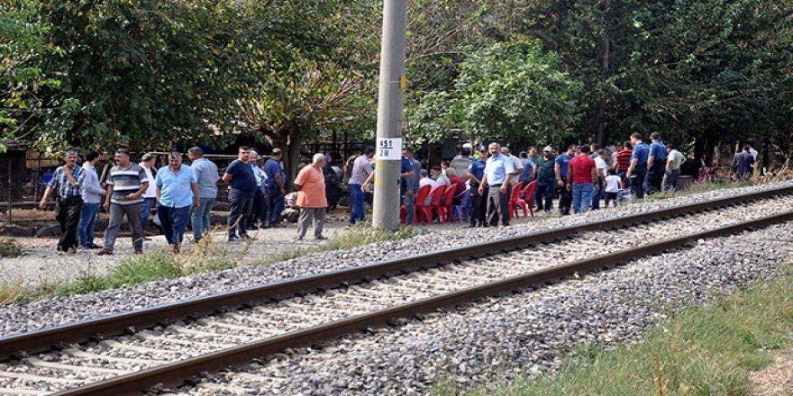 Tren çarpan 2 yaşındaki Barış, yaşamını yitirdi