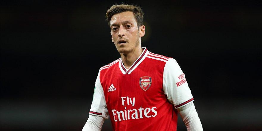 """Mesut Özil: """"Almanlar bana 'Türk domuzu' dedi"""""""
