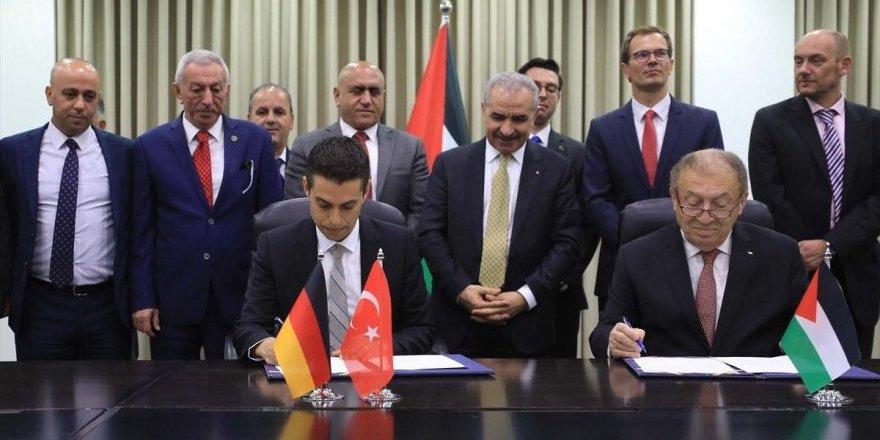Türkiye, Barış Pınarı'na sessiz kalan Filistin'de Sanayi bölgesi açıyor