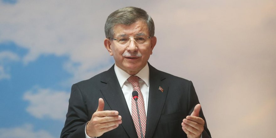 """Davutoğlu'ndan """"Parti kurmak için paranız var mı"""" sorusuna yanıt"""