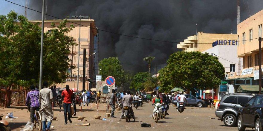O ülkede maden şirketi konvoyuna saldırı: 10 ölü