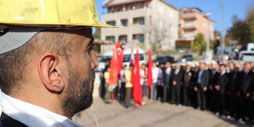 Kömürü bulan 'Uzun Mehmet' için anma töreni