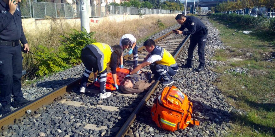Hemzemin geçidi kullanmadı, yük treninin çarpmasıyla öldü