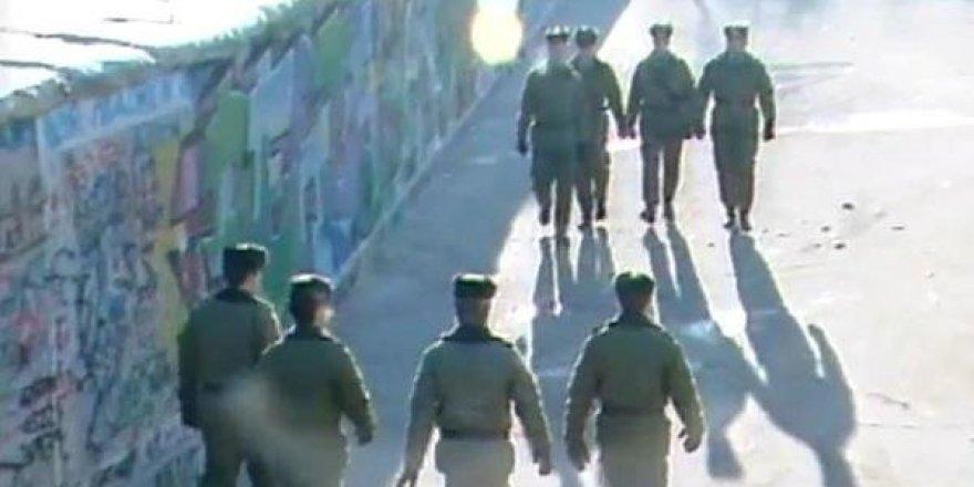 Berlin Duvarı'nın yıkılışının 30'uncu yılı kutlandı