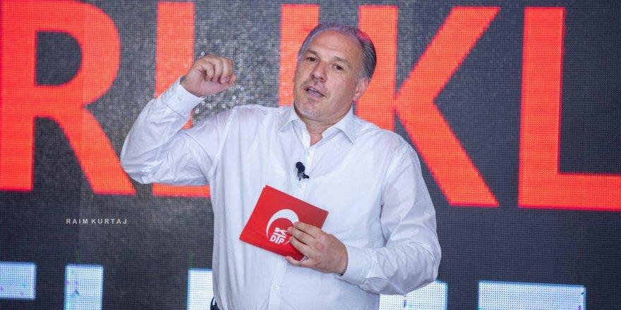 Kosova'daki tek Türk partisi yeni Genel Başkanını seçti