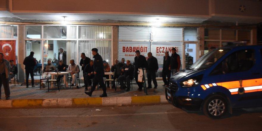 Kahvehaneye silahlı saldırı: Çok sayıda yaralı var