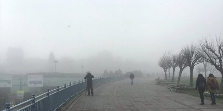 İstanbul'da sis nedeniyle vapur seferleri iptal edildi