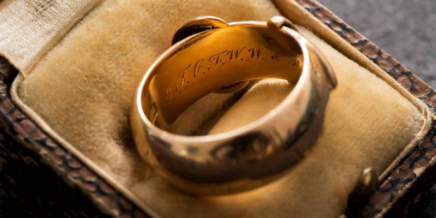 Oscar Wilde'ın yüzüğü bulundu!