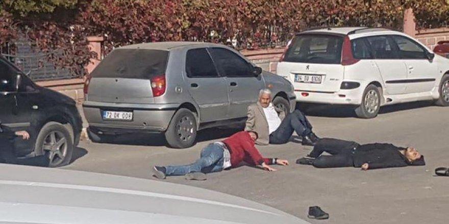 Adliye önünde silahlı kavga: 1 ölü, 3 yaralı