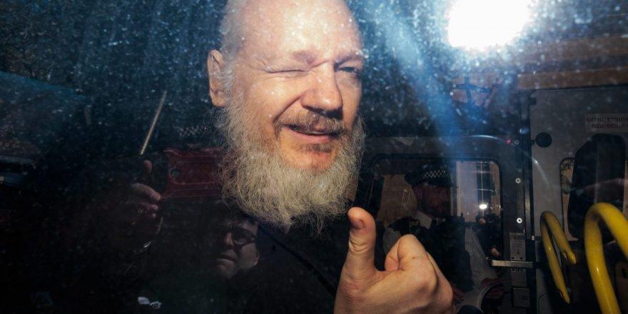 Assange cezaevinde saldırıya uğradı