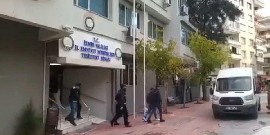 İzmir'de eş zamanlı operasyon: 41 göçmen yakalandı