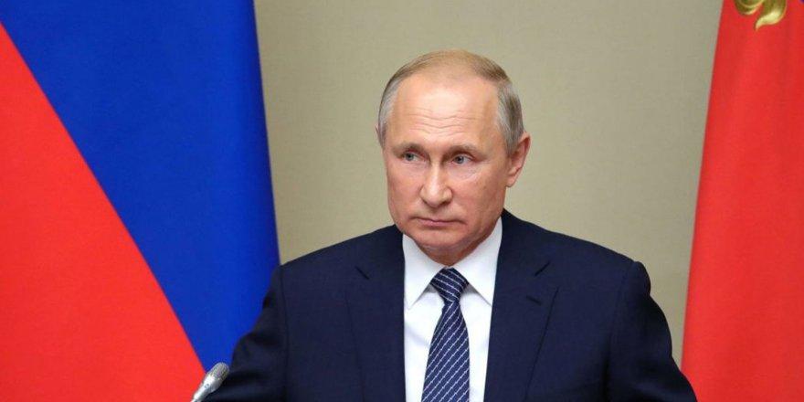 Putin, Rus olmayanlar yazılımları yasaklanacak
