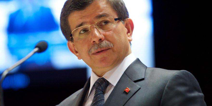 Davutoğlu'na yakın isimden erken seçim açıklaması!